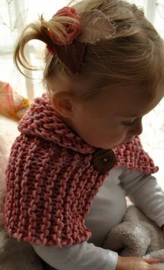 Scarflette cowl shawl. How cute is this.