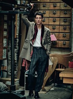 Photo by Sergi Pons. Styling by Leonardo Caligiuri. For Vanity Fair Italia. The Trotteur is curated by @TheRealPJSmith.  menswear mnswr mens style mens fashion fashion style editorial