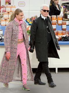8 things we love about Cara Delevingne: She's a muse to Karl Lagerfeld
