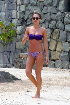 I have been obsessed with Jessica Alba's ENTIRE St. Bart's vacation style. OBSESSED!