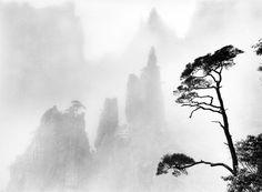 Urban Landscape Photography Tips – PhotoTakes Asian Landscape, Japanese Landscape, Landscape Art, Japanese Art, Landscape Paintings, Landscape Photos, Japanese Ink Painting, Chinese Landscape Painting, Chinese Painting