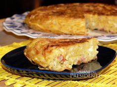 ricetta Frittata di pasta con speck e cipolle caramellate Latest Recipe, Eat Smart, Carne, Finger Foods, I Foods, Buffet, French Toast, Pork, Food And Drink