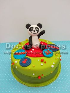 Bolo aniversário com o Panda