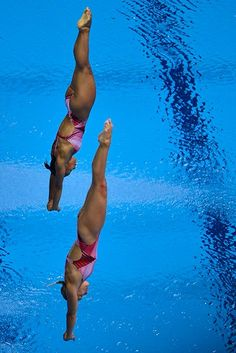 Canadians Emilie Heymans & Jennifer Abel, 3m synchro BRONZE medallists    The divers win Canada's first medal of the London Games, while Heymans becomes 1st women's diver to win a medal in four consecutive Olympics. Congrats!  (Photo by Fabrice Coffrini/AFP/Getty Images)