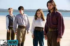 Eustace Scrubb/Will Poulter, Edmund Pevensie/Skandar Keynes, Lucy Pevensie/Georgie Henley & King Caspian/Ben Barnes - 'The Chronicles of Narnia: The Voyage of the Dawn Treader' Lucy Pevensie, Peter Pevensie, Susan Pevensie, Edmund Pevensie, Georgie Henley, Ben Barnes, Will Poulter, Cs Lewis, Thomas Brodie Sangster