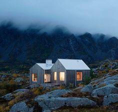 Cabin by architects Erik Kolman Janouch & Victor Boye Julebak