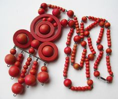Vintage Aarikka Modernist Finland Red Wooden Ball by SoCalJewelBox Wooden Bead Necklaces, Wooden Jewelry, Wooden Beads, Vintage Jewelry, Beaded Necklace, Pendant Necklace, Retro Fashion, Arts And Crafts, Jewels