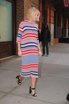203 Best Sienna Miller images   Sienna miller style, Style, Feminine ... 5cfcec2602