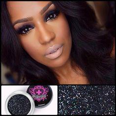 Perfect sexy smoky eyes by @makeupshayla using #Sugarpill Stella sparkling black loose eyeshadow! #Padgram