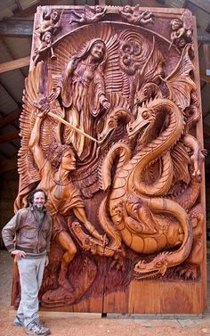 WOW look at these hand-carved doors with dragons. Wood Carving Art, Wood Carvings, Wow Art, Wooden Art, Dragon Art, Art Plastique, Wood Sculpture, Dragons, Oeuvre D'art