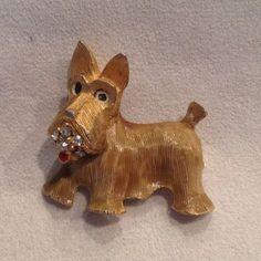 SCOTTIE DOG FIGURAL PIN RHINESTONE GOLD TONE SCOTCH TERRIER Puppy #Ciner