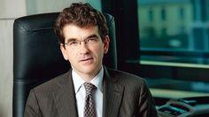 """Février 2014 - Dans un entretien au Figaro, le directeur général du RSI (Régime social des indépendants) assure que le pire est derrière le régime des indépendants. #RSI """"Une image de marque se redresse lentement"""""""