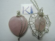 Rose Quartz Heart Pendant Necklace Wrapped by KiCrystalCreations Rose Quartz Heart, Heart Pendant Necklace, Sterling Silver Jewelry, Christmas Bulbs, Crystals, Holiday Decor, Crafts, Manualidades, Christmas Light Bulbs