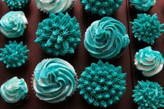 Different style tips for frosting! Love it!