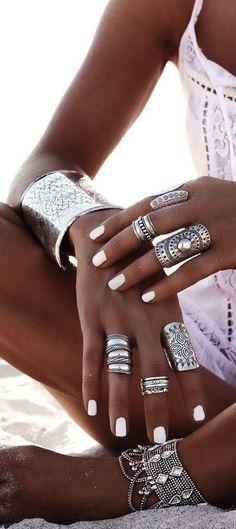cool *** The best discounts on amazing jewelry at jewelrydealsnow.com/ *** Boho jewel...