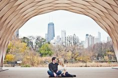 I KNOW THIS PLACE!! engagement photo. chicago lincoln park.