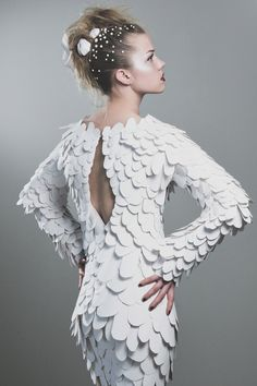 Paper dress with white scale textures; paper couture // Casey Watson Source by dresses fashion Paper Fashion, Fashion Art, Fashion Design, Fashion Trends, Women's Fashion Dresses, Dress Outfits, Theme Design, Paper Clothes, Paper Dresses