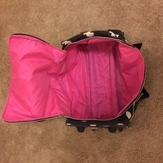 Victoria Secret Pink duffle bag This bag is a standard carry on . It has wheels and a handle to pull as well as handle to carry does not come with strap has wear and tear as seen in pictures PINK Victoria's Secret Bags Travel Bags