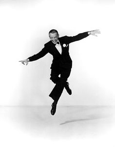 Guardando quelle gambe muoversi pensò 'e una stella', pensava a Fred Astaire #FredAstaire