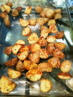 oven roasted yukon gold potatoes - I might cut down on the red paper flakes based on another pinner's review