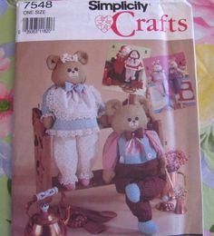 Vintage Craft Sewing Pattern - McCalls CRAFTS #7548 Dressed Animals or Dolls