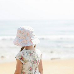 Gorgeous pic from our friends  @practisingsimplicity  stay cool everyone in NSW... 42c is HOT!  #acornkids #kidshats #hats #sunhats #kidssunhats #summmerhats #beachhats #summer #kidsfashion #kidsaccessories #accessories #girlsfashion #cutekids #outfitinspiration #sunsmart #coolkids #cute #cutekids