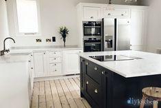 Innova Hemsley White kitchen supplied by DIY Kitchens - island colour matched to F&B Railings Inframe Kitchen, Green Kitchen Walls, Real Kitchen, Small Space Kitchen, Diy Kitchen Island, Shaker Kitchen, Kitchen Units, Kitchen Paint, Kitchen Cabinets