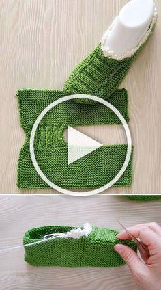Knitted Dog Sweater Pattern, Knit Slippers Free Pattern, Knitted Slippers, Knit Mittens, Baby Hats Knitting, Knitting For Kids, Lace Knitting, Knitting Patterns, Crochet Patterns