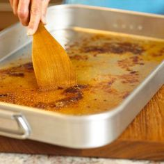 Say good-bye to lumpy gravy! We show you how to get rich, flavorful gravy in five easy steps.