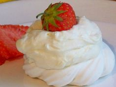 Just short of a creamy topping for your dessert here is a recipe to make a creamy topping in quick and easy steps. Check out Chef Caitlin making Whipped Cream just right at home Making Whipped Cream, Homemade Whipped Cream, Recipes With Whipping Cream, Cream Recipes, Greek Desserts, Cream Pie, Freezer Meals, Food Videos, Food To Make