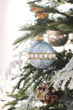Dreaming of a blue Christmas? Vintage Christmas ornaments by Krebs