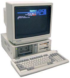 Computer Gadgets, Micro Computer, Computer Set, Tech Gadgets, Retro Art, Retro Vintage, Retro Arcade, Old Computers, Ex Machina