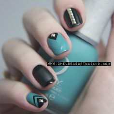 matte nails andd studs? love