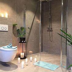 Det er mange som ønsker en stor dusj-sone. La deg inspirere av denne lekre dobbel-dusjen til @casa_ee !  Takk som inspirerer oss!  ~~~~~~~~~~~~~~~~~~~~~~~~~~ #vikingbad #baderom #dusj #dobbeldusj #velvære #mynordicroom #Interior_delux #rom123 #interior4all #easyinterieur #inspiremeinterior #baderomsinspo #interiorwarrior #nordicminimalism #passion4interior 📷: @casa_ee