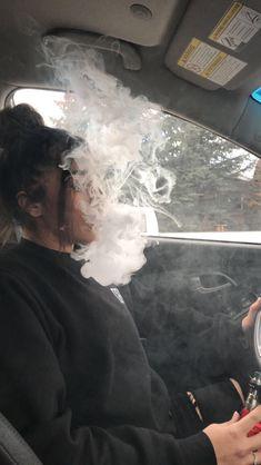 One Two Tree Viva Blediii 🇩🇿 - p'tit 💩 - Smoke Photography, Grunge Photography, Photography Poses, Teenager Photography, Badass Aesthetic, Bad Girl Aesthetic, Girl Smoking, Smoking Weed, Ft Tumblr