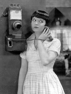 Louise Brooks Louise Brooks, Laura 1944, Film Muet, Silent Film Stars, Movie Stars, Myrna Loy, Hollywood Glamour, Old Hollywood, Bob Hairstyles