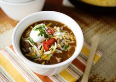 Chili recipe - warm and comforting, and has just enough kick. #beef #chili #slowcooker