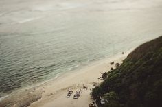 LANE Real Wedding: Mandy & Sam's Bohemian Wedding in Bali http://www.thelane.com/the-guide/real-weddings/mandy-shadforth-sam-williams-bali-wedding Photography by Jonas Peterson