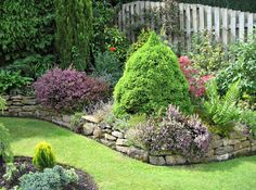 Google Image Result for http://www.instablogsimages.com/1/2011/09/20/retaining_wall_for_your_garden_ndhg7.bmp