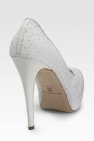 I've been looking for cute white shoes for a while and I want these!