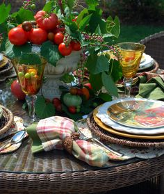 Tomato Centerpiece and summer table | homeiswheretheboatis.net #tablescape