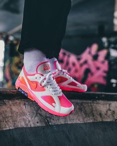 12c69a01878bc COMME des Garcons x Nike Air Max 180 CDG Pink AO4641-602