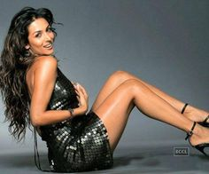 The oomph girl of B'wood Malaika Arora Khan has wooed many with her dusky looks.