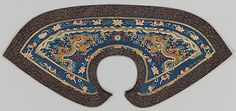 Formal Collar Period: Qing dynasty (1644–1911) Date: 18th century Culture: China Medium: Silk and metallic-thread tapestry (kesi) with painted details, embroidered with metallic thread Accession Number: 1982.384