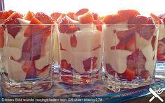 Erdbeeren mit Vanillecreme
