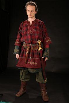 Celtic Darkage Tunic Costume Game of Thrones reenactment larp renfaire viking norse warrior Celtic Costume, Viking Costume, Medieval Costume, Historical Costume, Historical Clothing, Larp, Viking Clothing, Gypsy Clothing, Renaissance Clothing