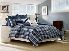 Remind yourself of the calming colors of the water as you drift off to sleep with Grand Isle bedding collection.