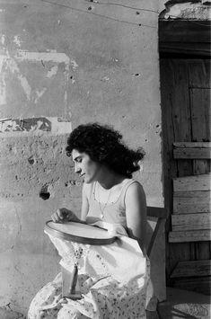 ___ The Embroiderer (la ricamatrice) Sicily 🖤📸by Letizia Battaglia Sicily Italy, Statue, Black And White, Artist, Painting, Battaglia, Inspiration, Google, Passion