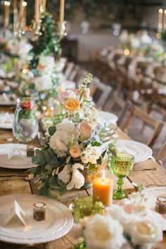 peach and green centerpieces with vintage tableware Elope Wedding, Wedding Sets, Wedding Trends, Floral Wedding, Dream Wedding, Elopement Wedding, Spring Wedding, Green Centerpieces, Wedding Reception Centerpieces