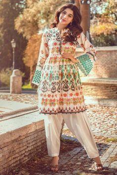 100 Best Trendy Outfits Part 18 – Mens Fashion Pakistani Casual Wear, Simple Pakistani Dresses, Pakistani Dress Design, Pakistani Outfits, Pakistani Couture, Pakistani Frocks, Indian Couture, Pakistani Bridal, Indian Outfits